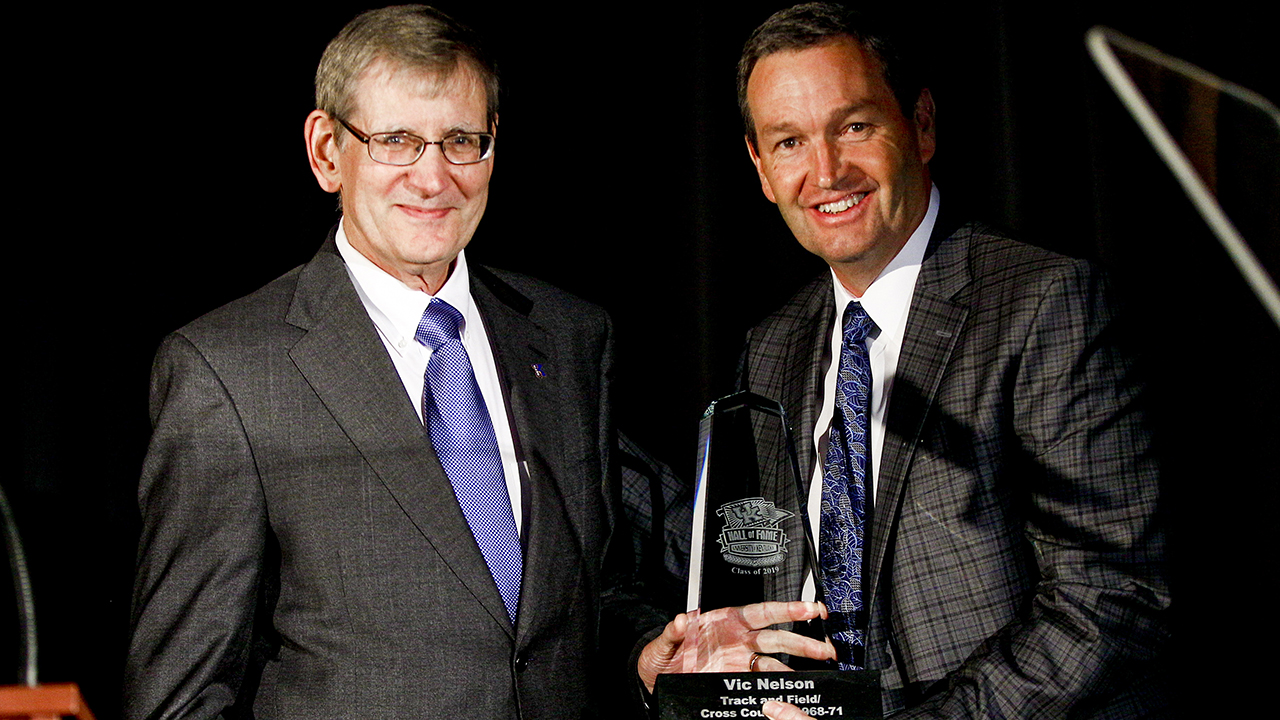 Vic Nelson (left) with University of Kentucky Athletics Director Mitch Barnhart.